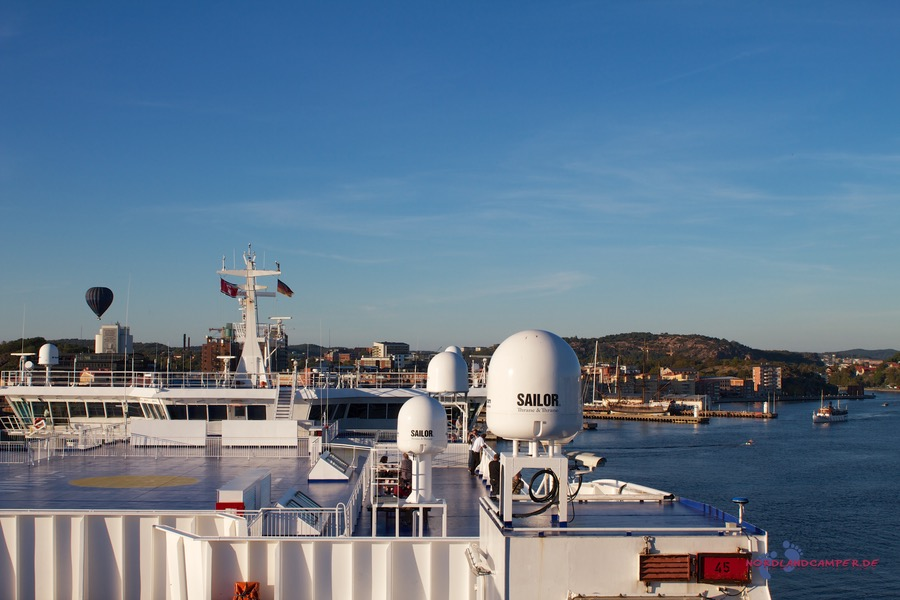 Ankunft der Fähre im Hafen von Göteborg