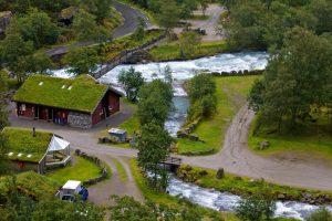 Camping Melkevoll Bretun – Rauschende Wasser am Briksdalsbreen